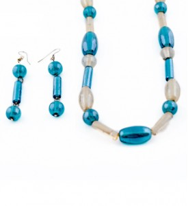 Turquoise and cream Indian glass bead necklace and earrings set